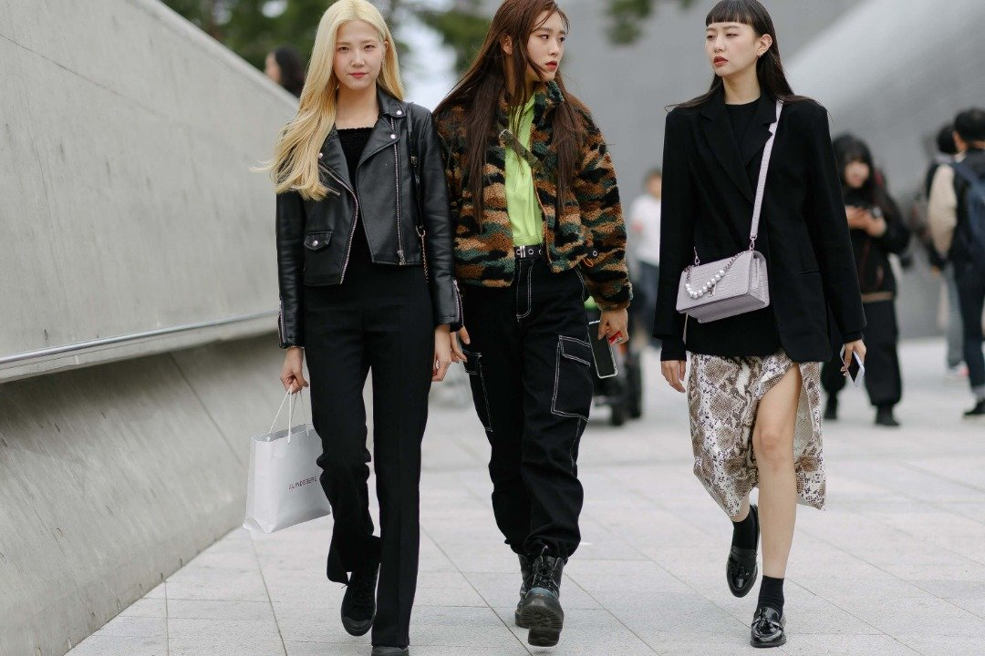 Fashion Trends-What is Korean street fashion-Women with street outfit in Korea