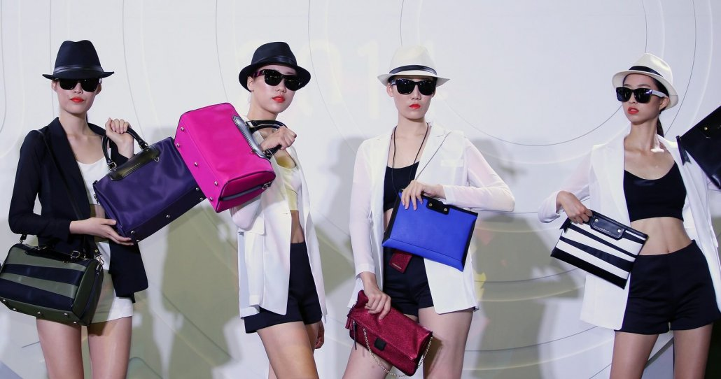 Korean Fashion Trends-Is Korean fashion expensive-Models with expensive clothes