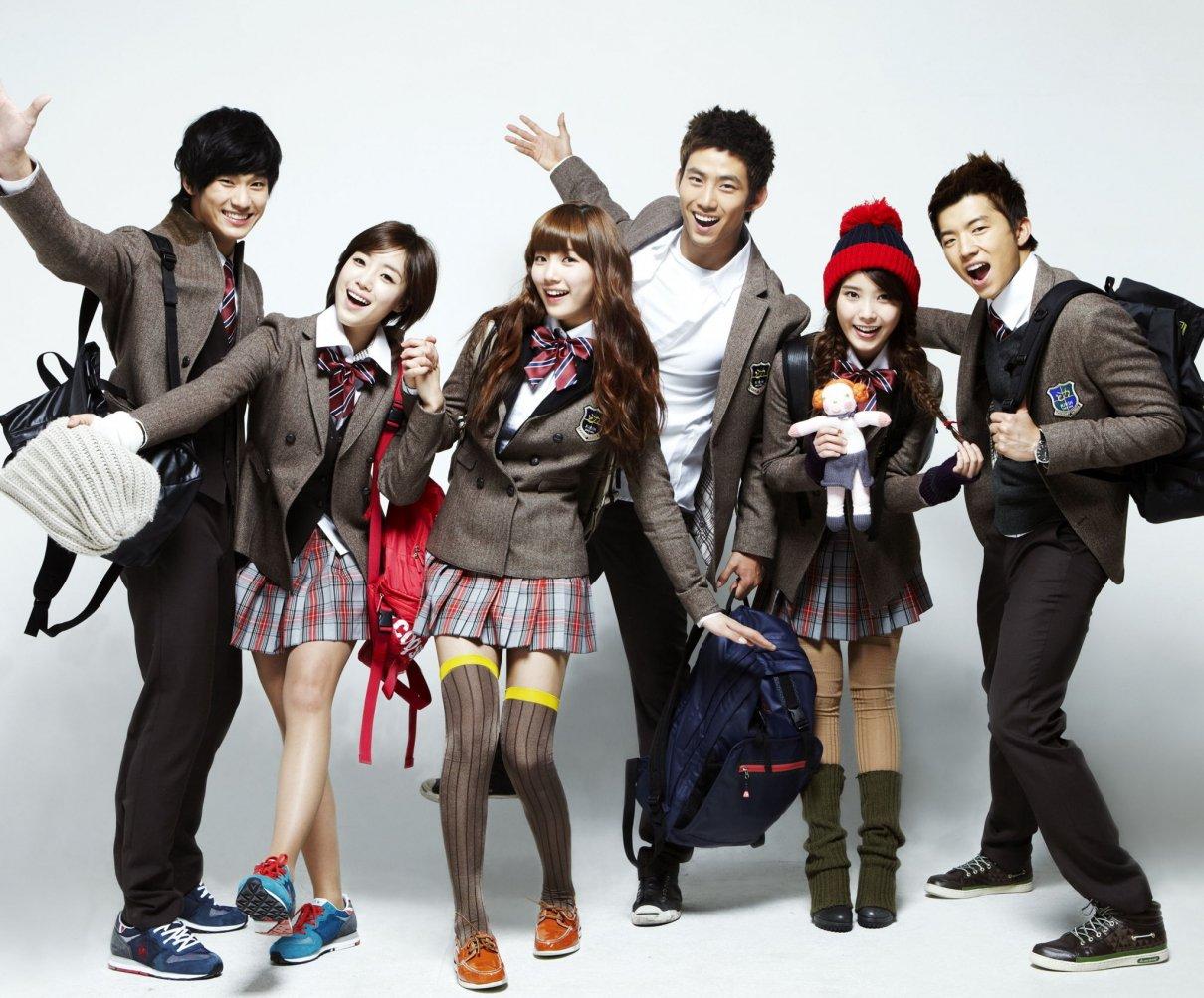 Korean Fashion Trends- what is korean fashion?- banner